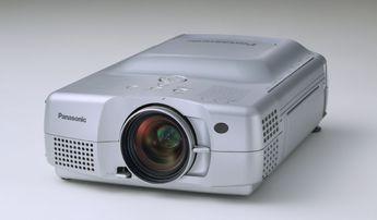 Produktfoto Panasonic PT-L712NTE