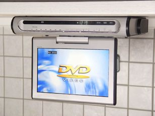 soundmaster ktd 51002 tragbarer dvd player tests. Black Bedroom Furniture Sets. Home Design Ideas